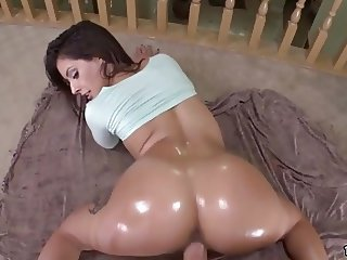 Juicy Big Ass Jynx Maze Loves It Doggy Style