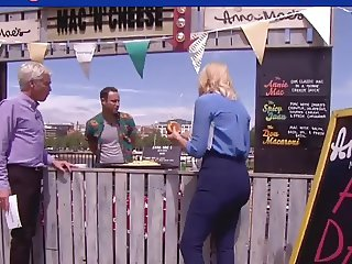 HOLLY WILLOUGHBY PRIME FUCKMEAT BOOTY