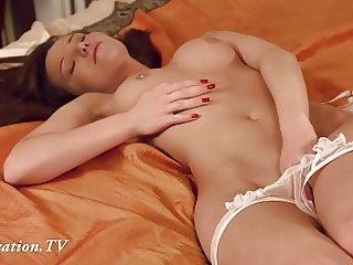 Virgin Anna masturbates in front of the camera