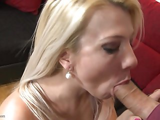 Mature mother cheating hubby with big young cock