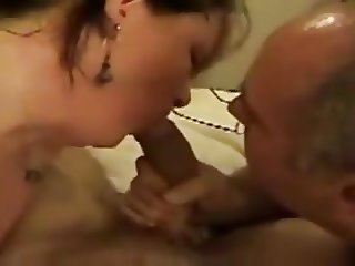 bisexual threesome suck
