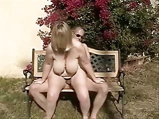home sex on park bench