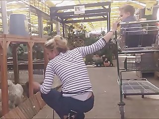 withe thong milf candid