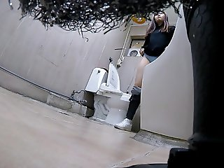 Korean girl using toilet part 1