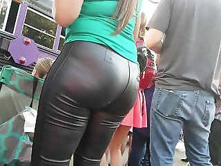 PAWG TIGHT LEATHER PANTS VPL