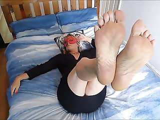 Sexy Feet Legs In Air On Bed
