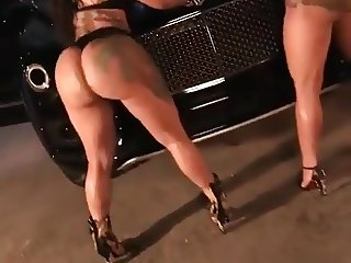 Big Booty Twins Shaking Dey Ass