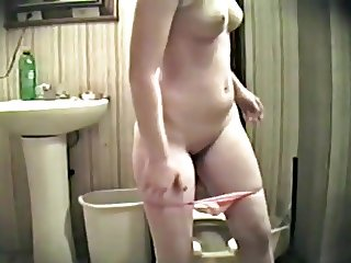 Caught daughter's friend in bath room