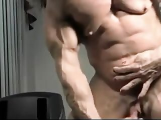 Muscles with Huge  Clit and Progressive House