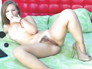 Beautiful and Sweet Teen Babe Toying Her Pussy