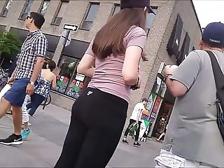 SPYCAM TEEN LITTLE ASS IN LEGGINGS 06