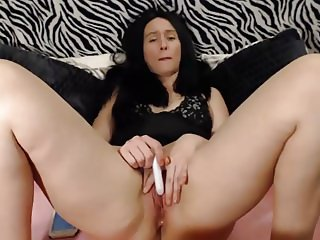Vibrating clit with small vibrator-nice contractions follow