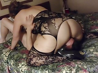 Filming my wife in a hotel - cuckold
