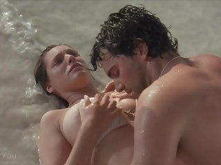 Kelly Brook - Survival Island - Getting Fucked