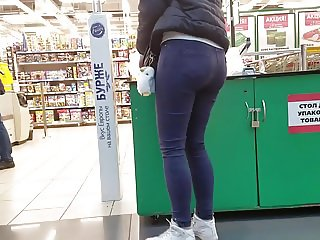 Ass at the mall in the early morning
