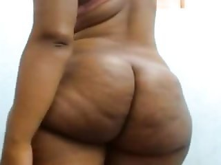 BIG BOOTY THICK WIDE HIPS EBONY