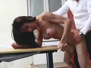 LadyboyPlay - Ladyboy Thippy Office facial cum