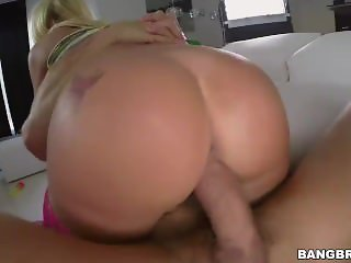 Blonde Girl Kyra Hot Was Tittyfucked