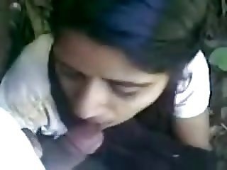 Desi indian girl amazing suck and eat cum