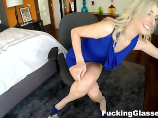 Fucking Glasses - Zoe Parker - Great fuck with a fresh blonde