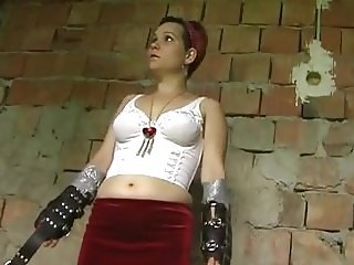 Kinkycore studio: Squirting orgasm in the dungeon