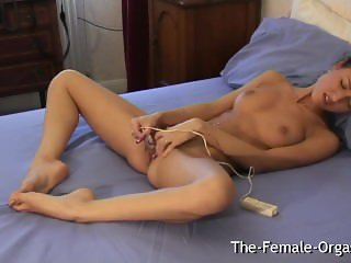 Wake Up Horny and Masturbate with Vibe to Pussy Contracting Orgasm