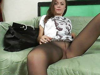 CUTE IN PANTYHOSE - saf