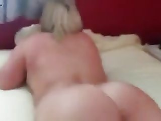 Chubby Blonde gets a hard fisting