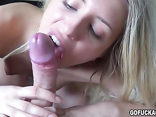 GOFUCKAGIRL - Jessi gets a good morning fuck