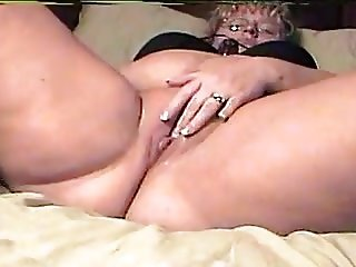 Chubby thick plump wife dildo and vibrator screaming orgasm