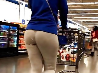No Panties, Just Ass
