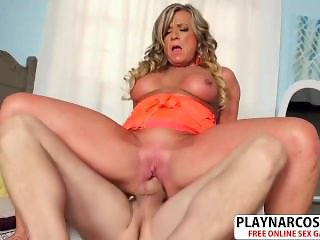 Crumb Not Step Mom Missy Blewitt Gets Fucked Hot Hot Step son