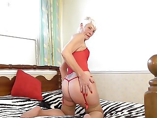 Old granny ready for rough hard sex