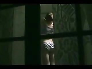 window peep 1