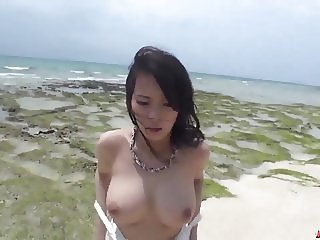 Kyouko Maki works cock in both the pussy and mouth