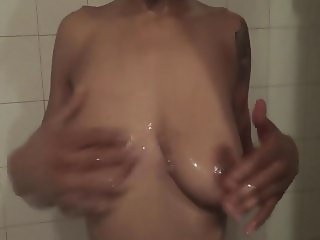 The Sexy Shae Nitty In The Shower