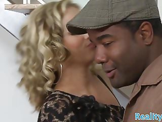 Cheating wife cuckolds her husband with bbc