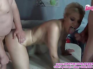 Private Sexparty mit Deutscher Mutter - homemade gangbang