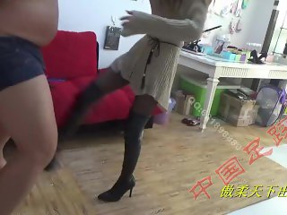 chinese trample & ballbusting femdom