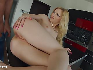 Rosella Visconti getting a dick deep in ass for anal on Ass