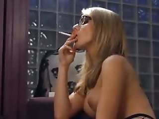 Free Smoking tube movies