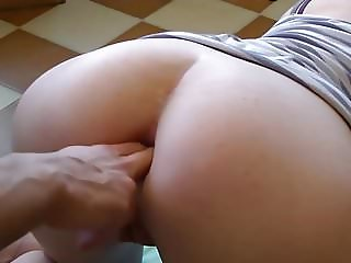 SWEDISH TEEN AMANDA PREPARE'S HER ASS