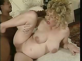 Vintage Pregnant Women Fucked By Big Black (TeRRiFieR)