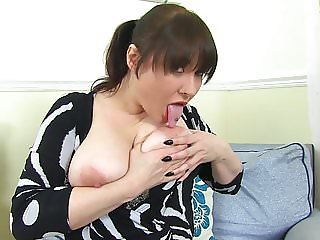 Busty natural mom with amazing big ass