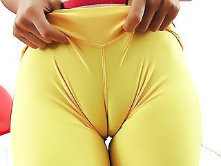 INCREDIBLE ASS and CAMELTOE BRUNETTE in TIGHT SPANDEX