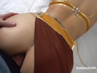 Slave Leia Get's Her Ass Fucked