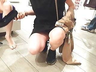 fr's gives me sexy upskirt w sexy legs feets