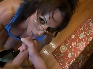 Muscle Milf sex in the kitchen