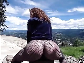 Amazing Ass Shacking In the Outdoor