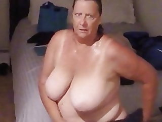 hidden camera in the aunt's room